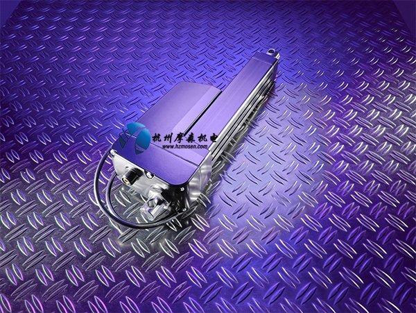 Thomson Electrak LL电动执行器具有坚固的外部硬件和经过改进的抗紫外线表面处理。